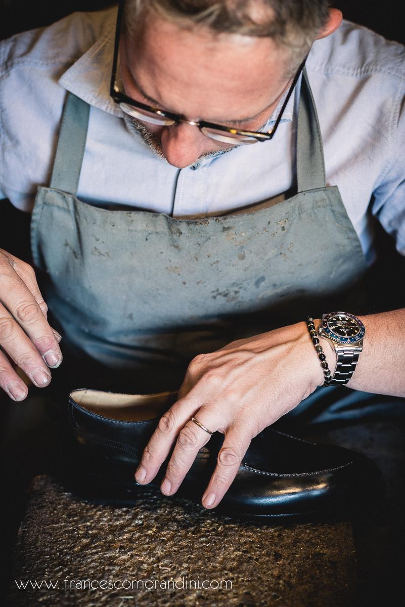 Roberto Ugolini, storia di un artigiano fiorentino. | Inserimento della suoletta