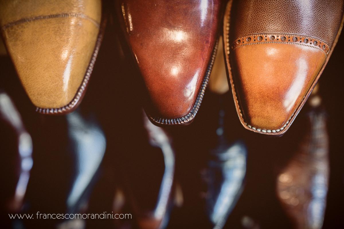 Roberto Ugolini, storia di un artigiano fiorentino. | Dettaglio di alcune scarpe fatte a mano