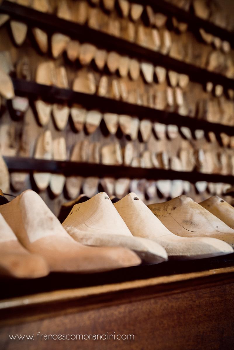 Roberto Ugolini, storia di un artigiano fiorentino. | Forme e Texture di scarpe