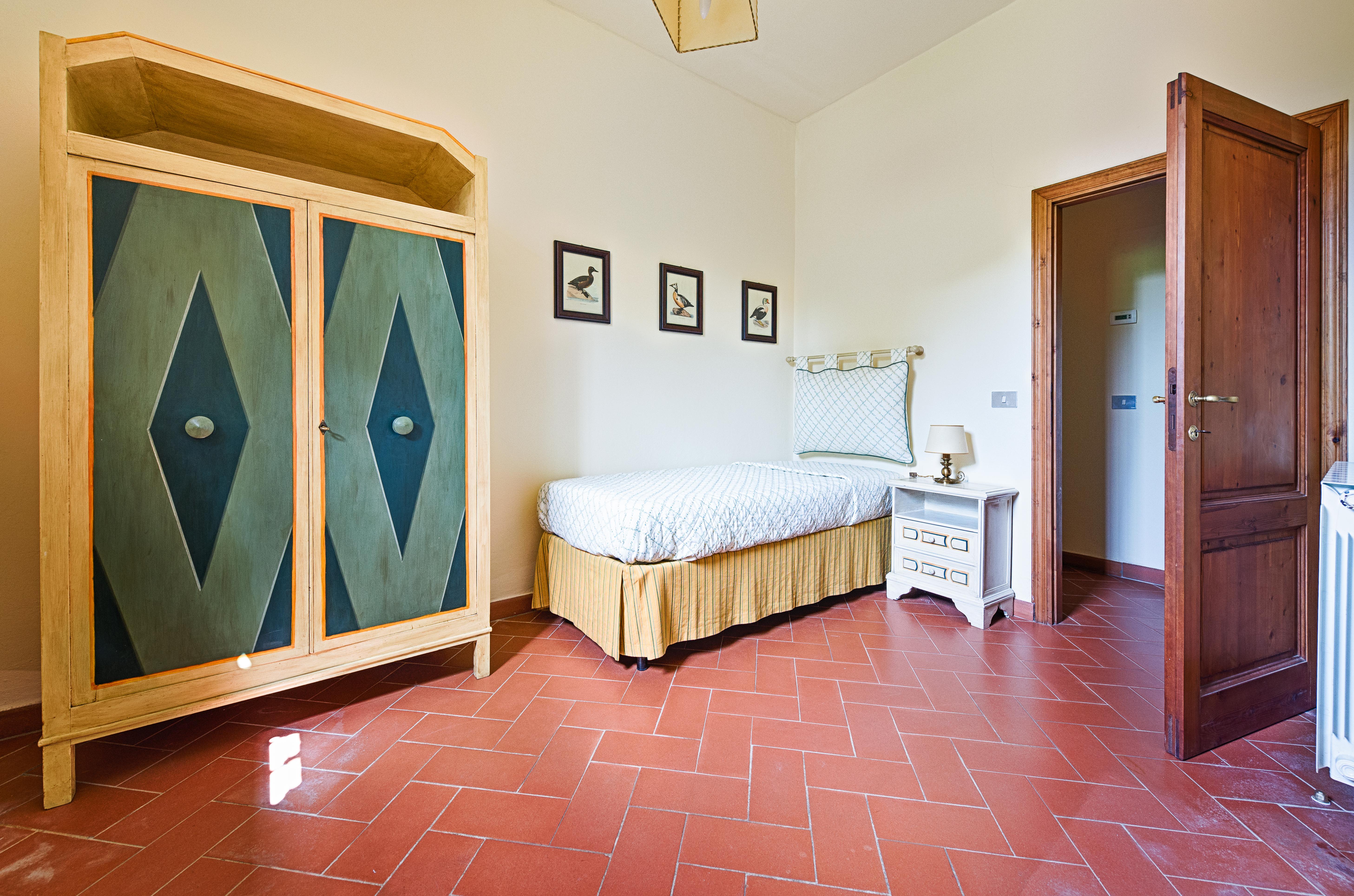 Camera letto singolo | Villa di Lusso a Bagno a Ripoli